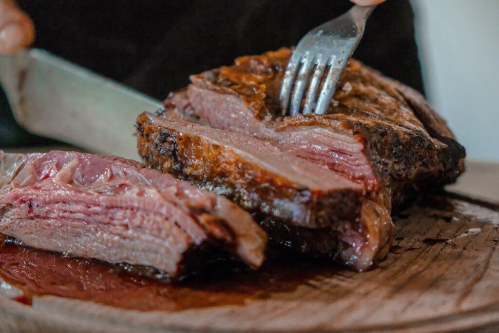 肉を食べよう